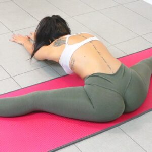 Models Stretching Routine To Do The Splits